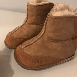 UGG boots size Small